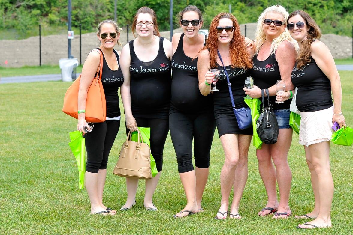 bridesmaid-group-of-girls